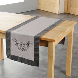 Chemin de table broderie taupe et anthracite 40x140cm